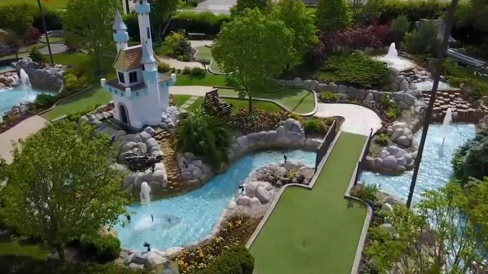 Saskatoon Nice Outdoor Mini Golf Course